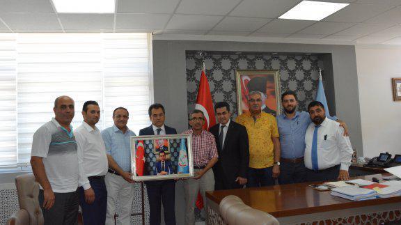 Genel Müdürümz Osman Nuri GÜLAY Halı Yıkamacıları Dernek Başkanlarını Makamında