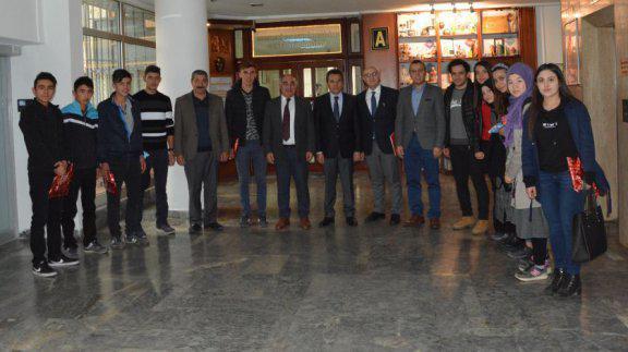 Genel  Müdürümüz Sayın Osman Nuri GÜLAY, Refaiye Çok Programlı Lisesi Öğretmen ve Öğrencilerini Makamında kabul etti